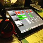 iPadでラジオ番組作ってますよー。